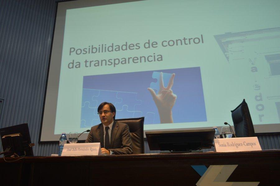 Quen debe controlar a transparencia?